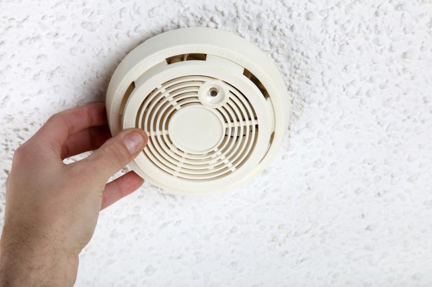 Détecteur de fumée au plafond
