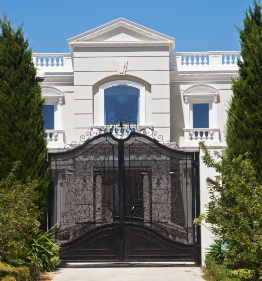 villa avec portail
