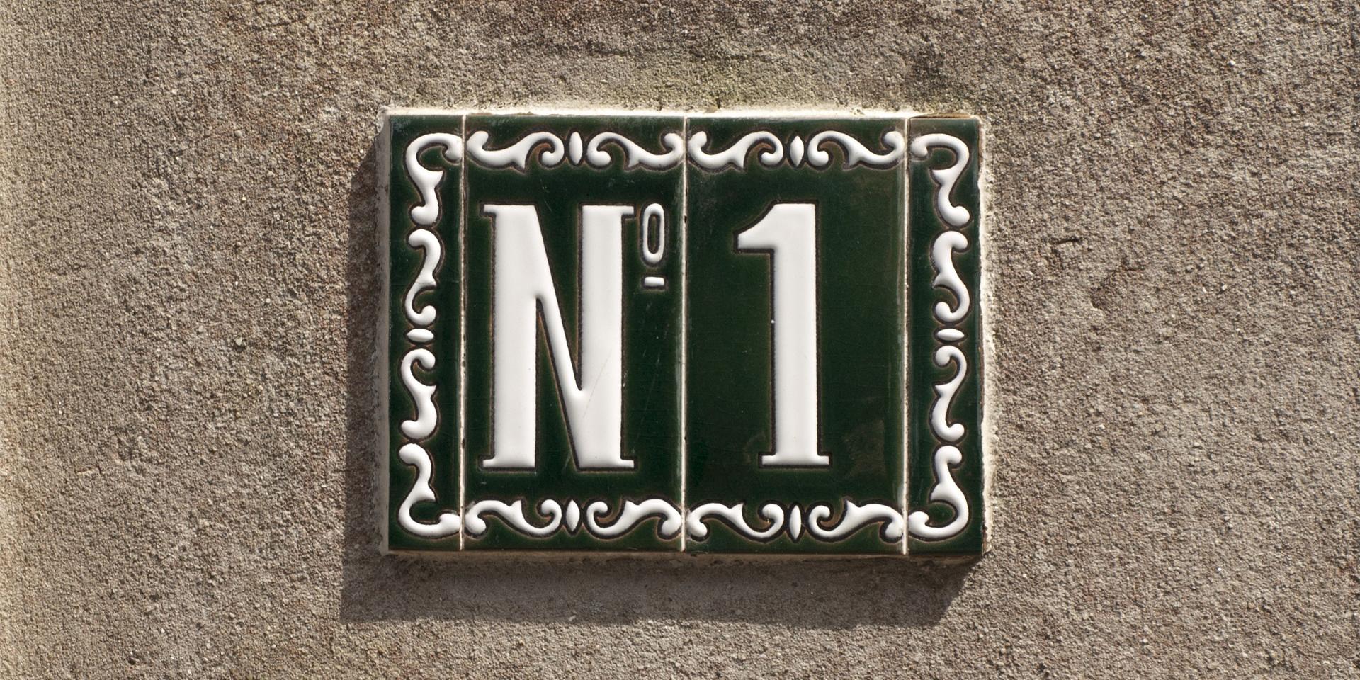 numéro 1 sur facade