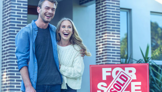 Couple qui vend sa maison