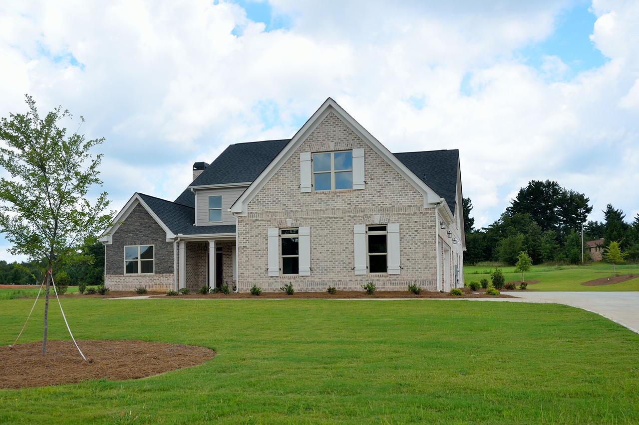 Maison isolée avec grand terrain