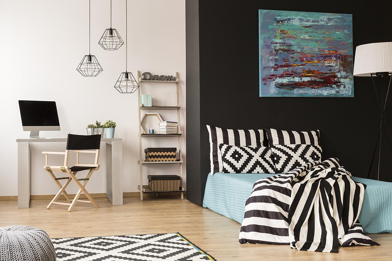 comment cr er un espace nuit dans un studio. Black Bedroom Furniture Sets. Home Design Ideas