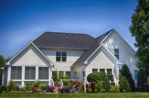 Les conseils pour vendre votre maison en été